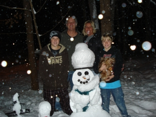 Teichman family from Walled Lake & Gaylord MI. Bill, Candi, Kenny, Michael & Griffin the dog. Owners of Everybody's Cafe. 1-15-09